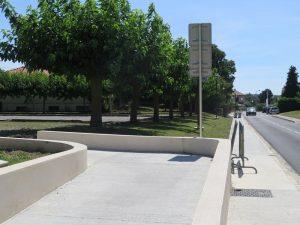 11 08 16 nouveaux éclairages rue des écoles et accès poussettes vélos (5)_1